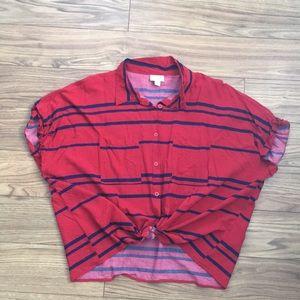 ❤️ Lularoe Amy Button-Up Shirt ❤️